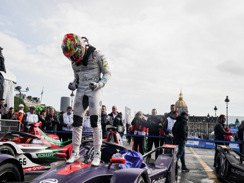 Frijns made it eight from eighth in Paris