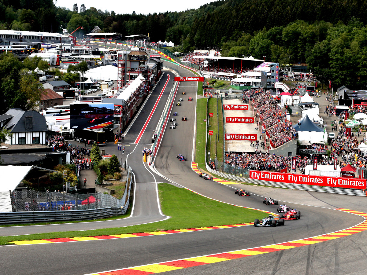 The iconic plunge towards and up Eau Rouge