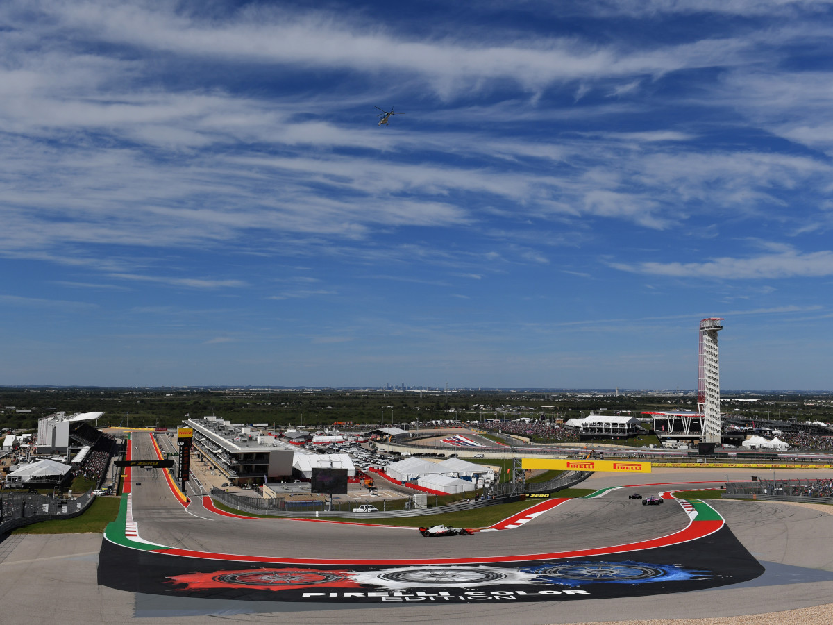 Turn 1 offers the biggest panorama of the race circuit