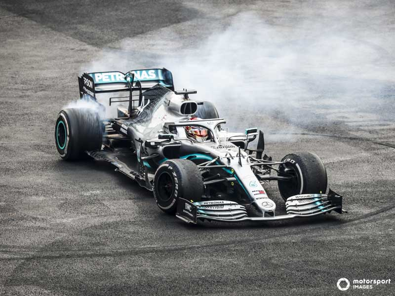 Valtteri Bottas dominated in Japan